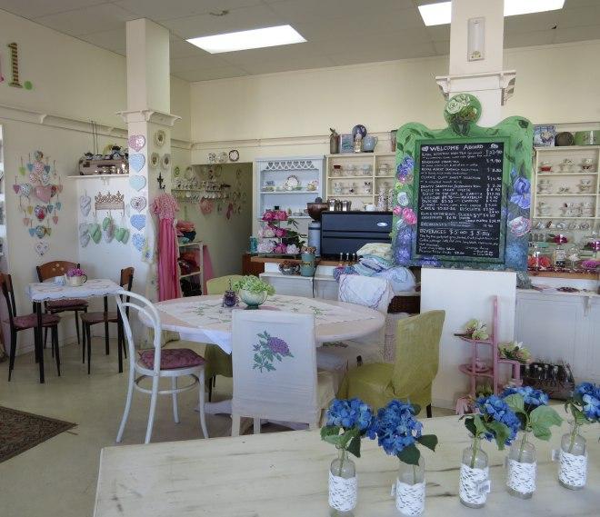 vintage tearoom10