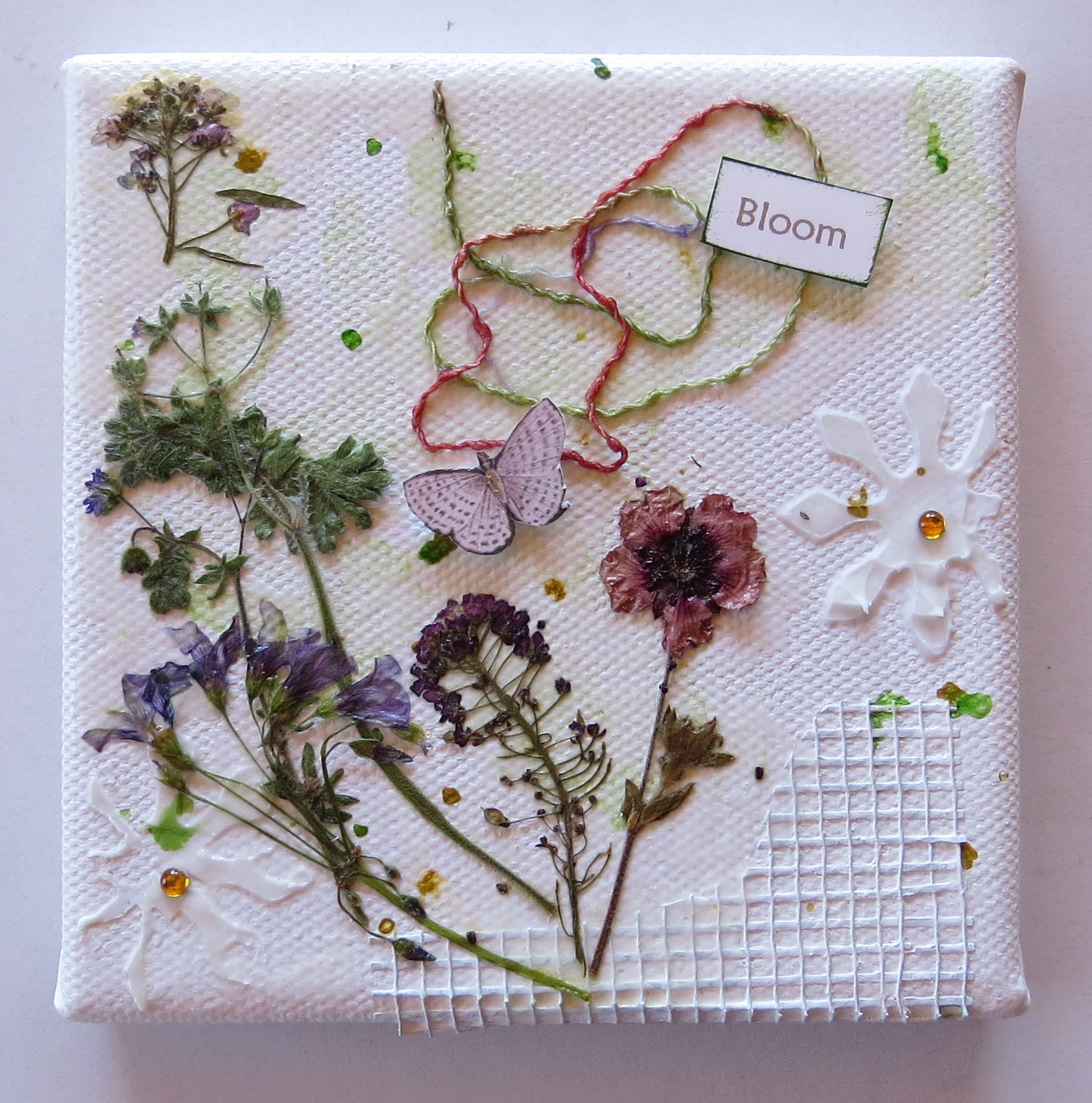 How to scrapbook canvas - Mini Canvases2